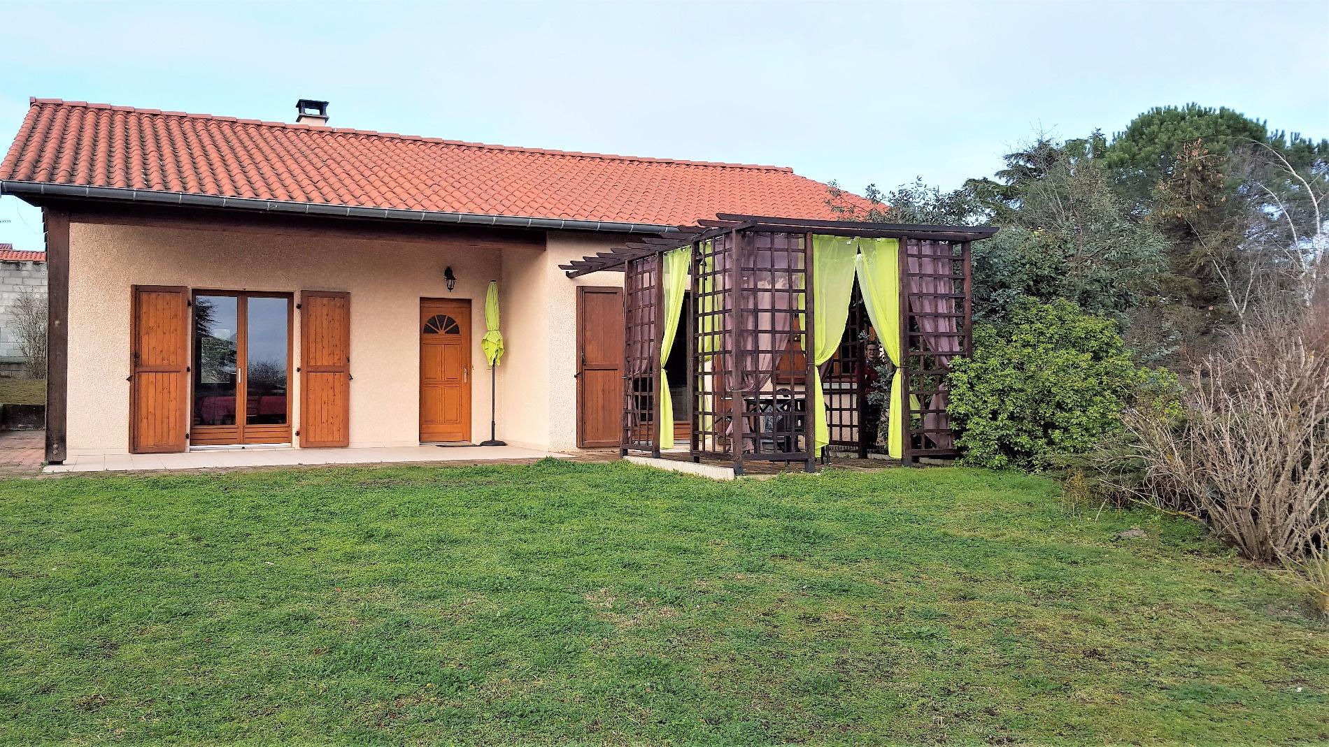 Immobilier des vallons du lyonnais l 39 immobilier thurins for Garage mure st genis les ollieres
